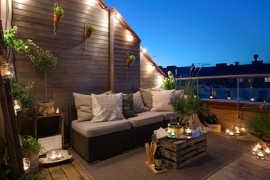 12 Outdoor Decks from Around the World
